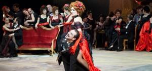 La-Traviata-01-foto-Simone-Donati-Terraproject-Contrasto-940x440