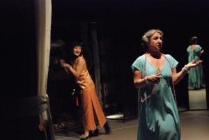 Roxana Iftime e Sissi Abbondanza in 'Il ballo' _foto di Paolo Lauri
