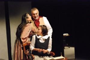Sissi Abbondanza, I. Montagnani e Vincenzo De Caro in 'Il ballo'_foto di Paolo Lauri