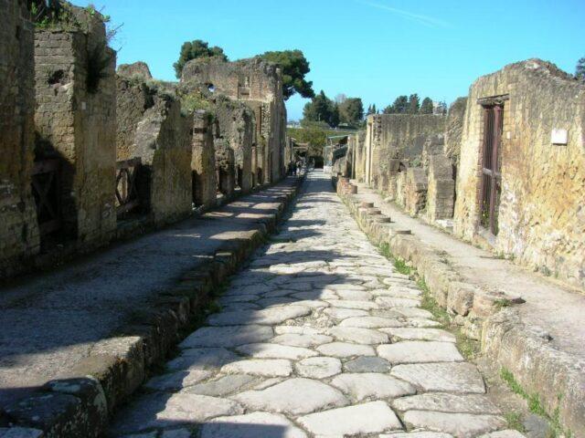 Nuova vita per gli scavi di Ercolano. Pubblico e privato per il bene comune!