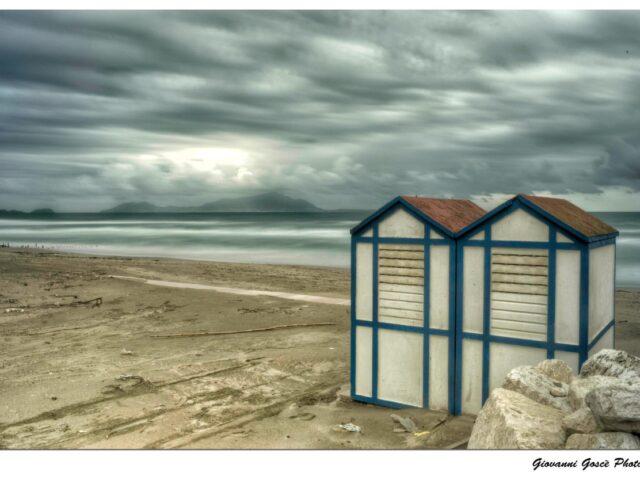 """""""Liternum"""": i vibranti scatti del litorale partenopeo"""