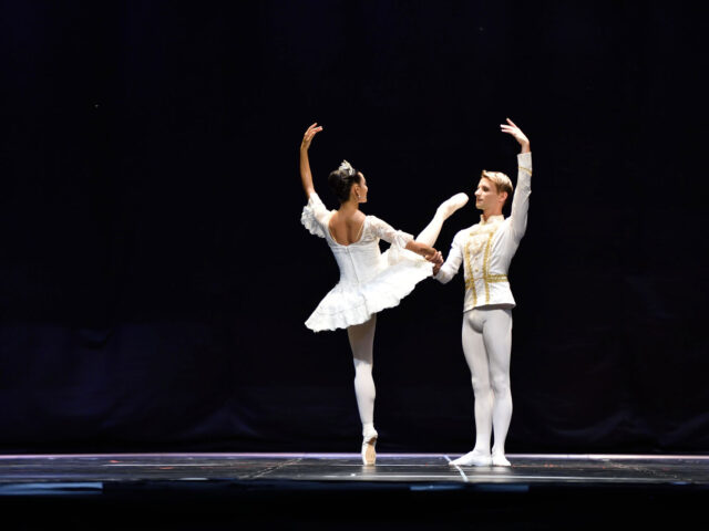 """The Great Pas des Deux"", un viaggio nel repertorio"