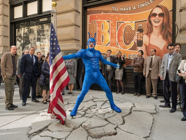 The Tick, il supereroe di Amazon tra avventura e umorismo
