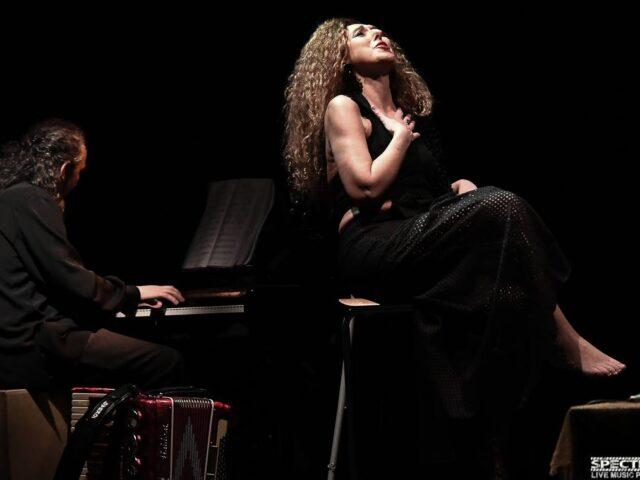La fluida identità del canto e della musica nelle cantabili armonie di Rondinella e Cincotti