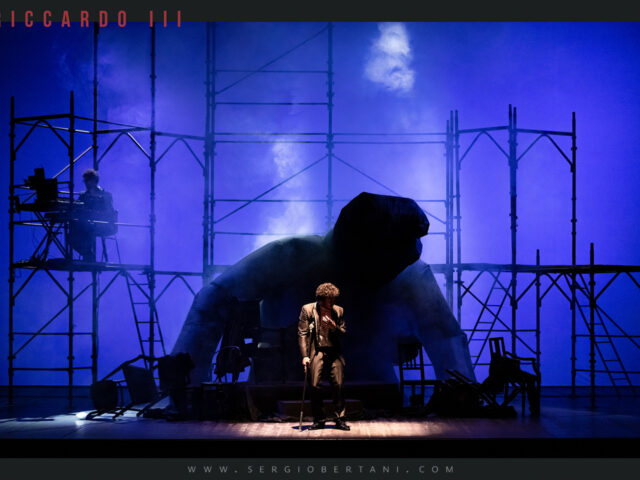 Riccardo III, lo spettro del potere torna al teatro Carcano