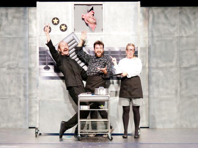 """""""Chefs"""": cucina in salsa ironica"""