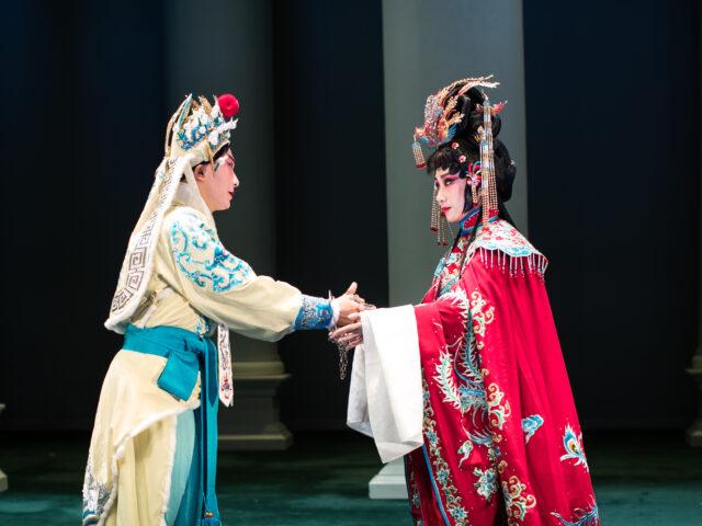 """L'incontro di due tradizioni nella """"Turandot"""" del Teatro Metastasio di Prato"""