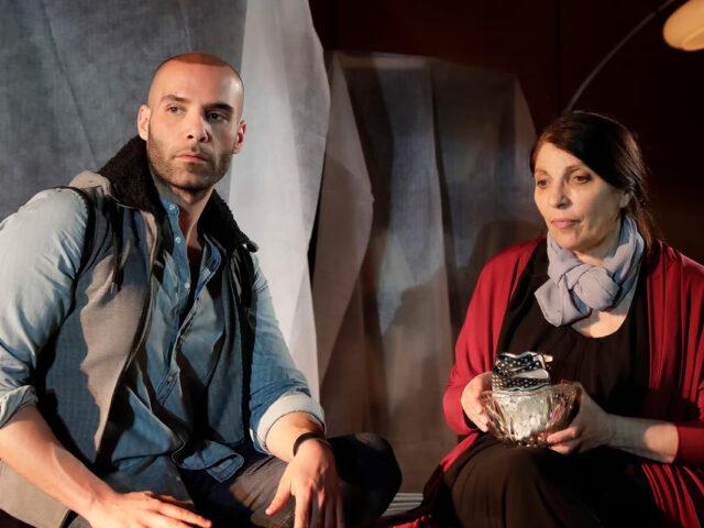 """""""La Rondine"""" con Luigi Tabita e Lucia Sardo: dalla disgrazia alla vita sulle ali dell'arcobaleno!"""