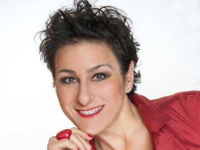 Gabriella Colecchia svela il programma<br>dell'attesissima seconda edizione<br>del Festival della Canzone Napoletana di Calvello