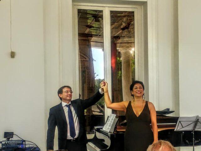 Le Rossini françaisrivive a Napoli<br>Il duo Colecchia-Gambardella incanta Villa Pignatelli