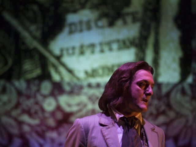 Atti Osceni: ricostruzione filologica, poetica e sentimentale dei tre processi contro Oscar Wilde.