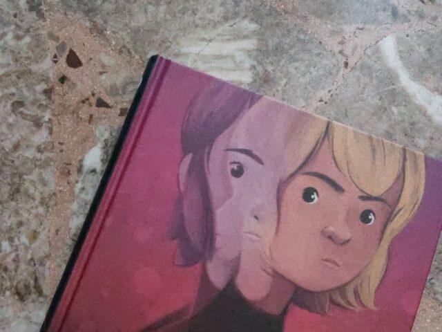 """Rose"", un graphic novel tra due mondi paralleli"