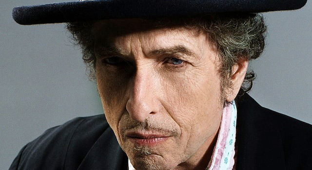 """Shadows in the Night"": Bob Dylan torna e canta Sinatra"