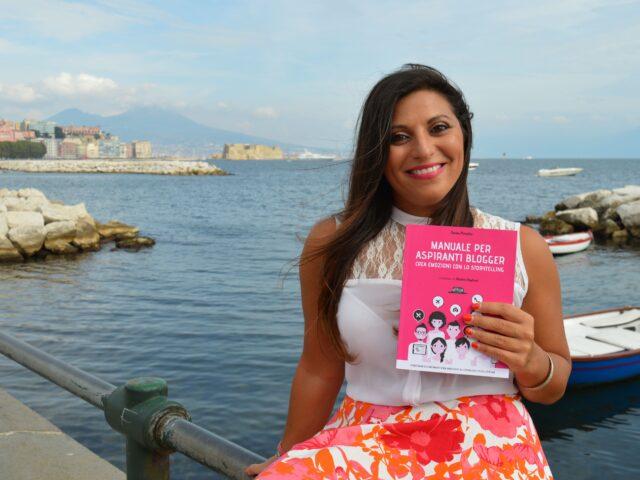 """""""Manuale per aspiranti blogger"""", presentazione del libro a Napoli"""