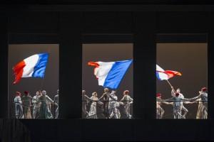 """Il 2015 del Teatro San Carlo si apre con """"Andrea Chenier"""" per la regia diPuggelli"""
