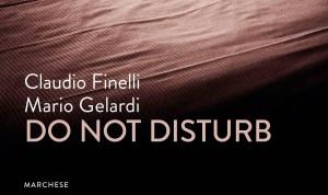 """Do not disturb"", dalle camere d'albergo alle librerie"