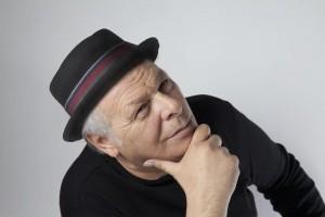 """Enzo Gragnaniello : """"Misteriosamente"""" live al Dejavu'"""